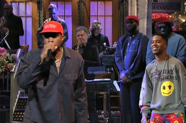 snl-kanye-make-america-great-again-hat.jpg